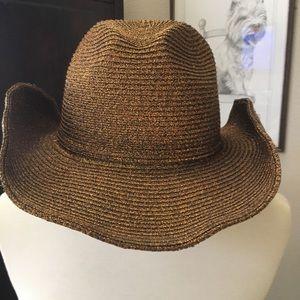 Western hat in metallic bronze